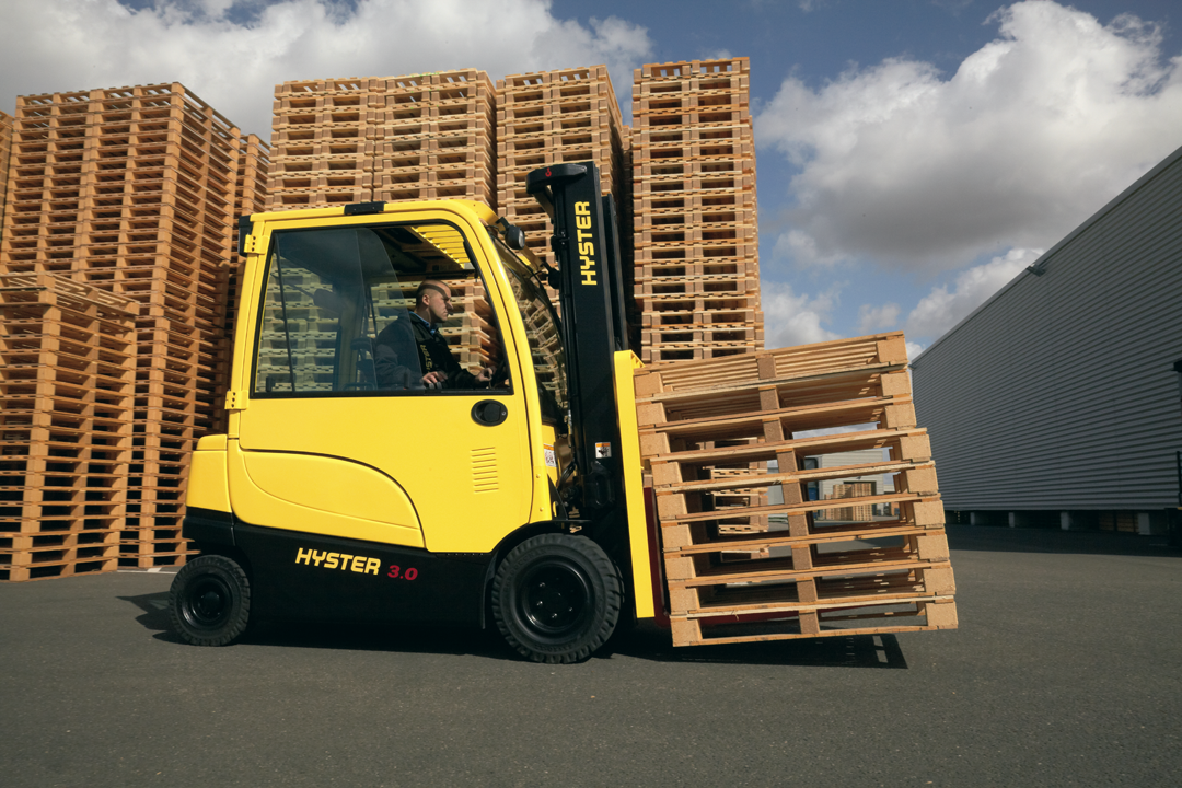 https://www.paterpartner.fi//uploads//images//J2.2-3.5XN-Electric-Counterbalanced-Forklift-Truck-App6.png